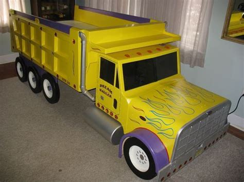 Dump Truck Beds by Boys Bedroom Dump Truck Theme Bed