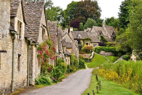 the 10 most charming and quaint towns in alabama the 10 most charming small towns in england routeperfect