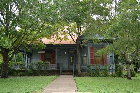 image of a house file wilke house bastrop texas jpg wikimedia commons