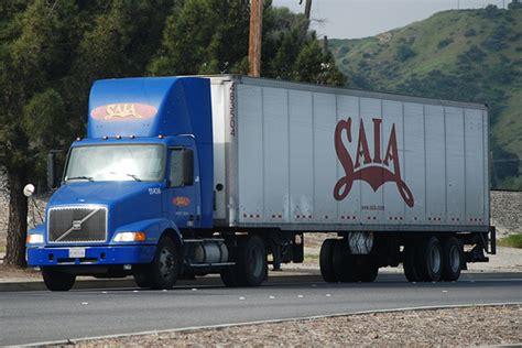 volvo 18 wheeler saia volvo big rig truck 18 wheeler flickr photo