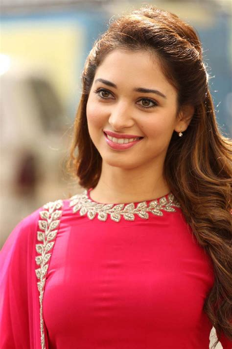 Tamannaah Bhatia | tamannaah bhatia beautiful hd wallpaper 2016