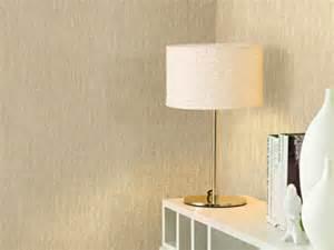 vliestapete wohnzimmer vliestapeten kleben wie wird das richtig gemacht