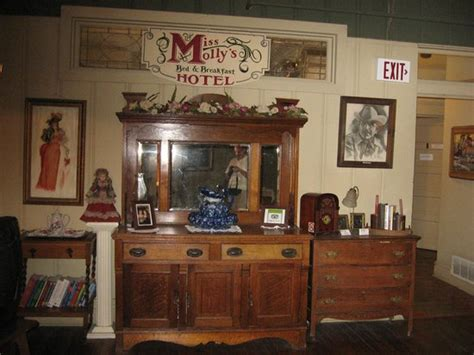 fort worth bed and breakfast miss molly s bed and breakfast fort worth texas b b reviews photos price