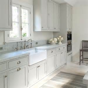 Light Grey Kitchen Best 25 Light Gray Cabinets Ideas On Pinterest Light Kitchen Cabinets Farm Style Kitchens