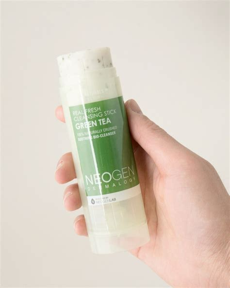 Neogen Real Fresh Green Tea Cleansing Stick 80gr real fresh green tea cleansing stick by neogen soko glam