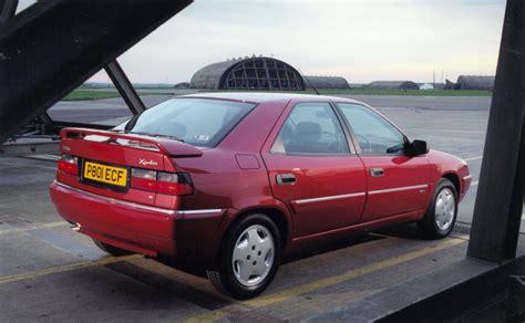 Citroen Xantia by Citro 235 N Xantia Hatchback Review 1993 2001 Parkers