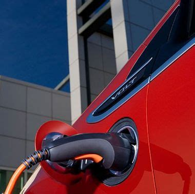 chevy volt solar charger solar chargers for electric cars make zero emissions a
