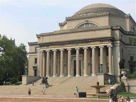 Top Mba Colleges In New York City by Take A Tour Of The Most Beautiful College Cus In New