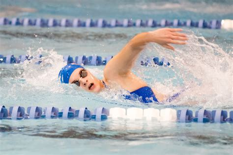 Swimming Essays by Descriptive Essay About A Swimming Pool