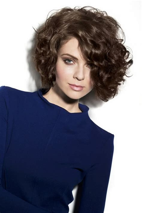 locken kurzhaarfrisuren