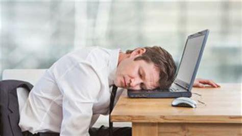 sieste bureau comment optimiser sa sieste au bureau l express l entreprise