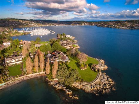 Island In Kitchen Pictures by Vancouver Island S Most Expensive Home Has Its Own Peninsula