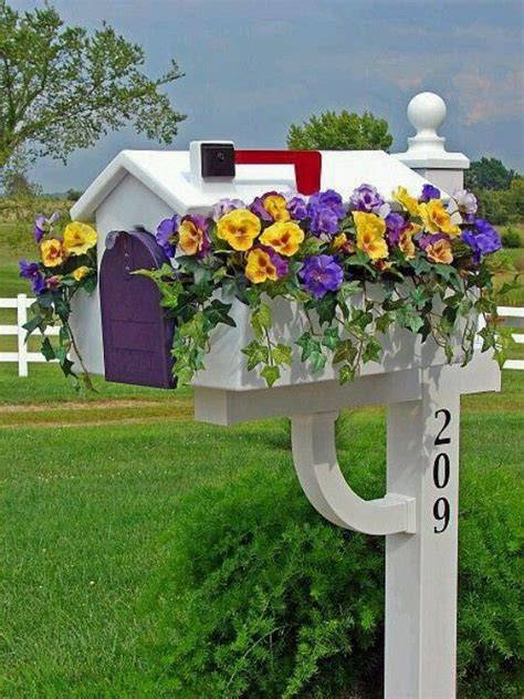 beautiful mail 18 beautiful mailbox planters that will make you say wow