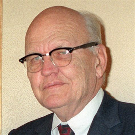 integrated circuit kilby kilby engineer inventor biography