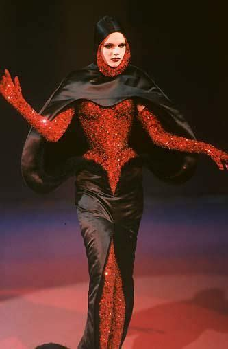Detox Fashion Muglaire by 17 Best Images About Thierry Mugler 1997 On To