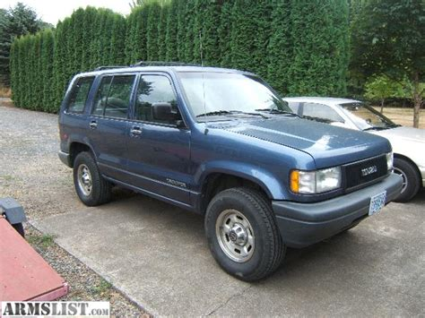 how to learn about cars 1994 isuzu trooper security system 1994 isuzu trooper photos informations articles bestcarmag com