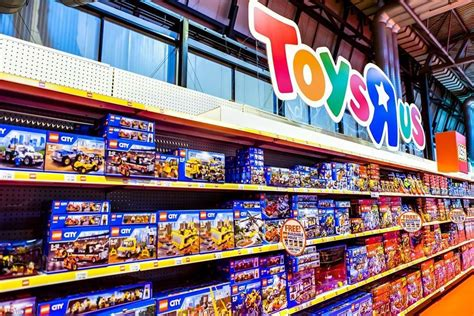 toys r us si鑒e social say it ain t so toys r us facing possible bankruptcy
