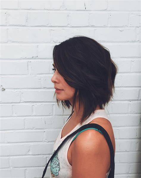 textured shoulder length hair 22 hottest graduated bob hairstyles right now hairstyles