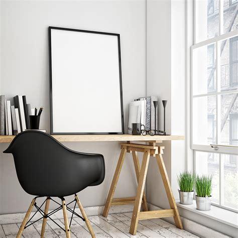 Picture frame on table mockup mockupworld