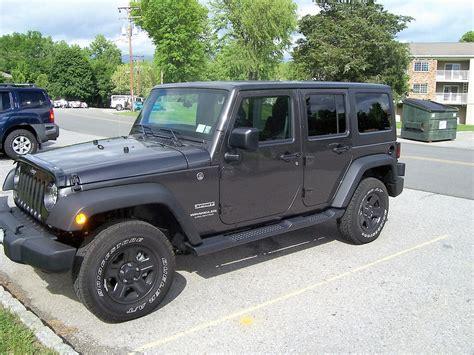 Jeep Wrangler Unlimited Side Steps Mopar 174 82210571ad Factory Style Side Steps For 07 17 Jeep