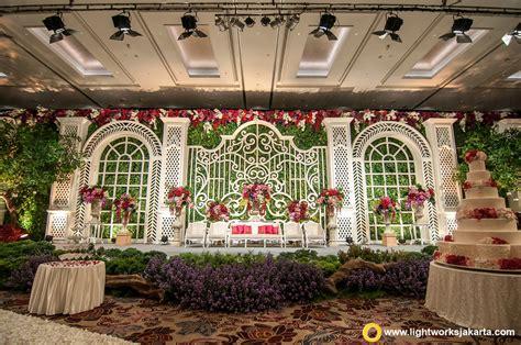 Hank S Wedding Cake Jakarta by The Dreamy Wedding Lightworks