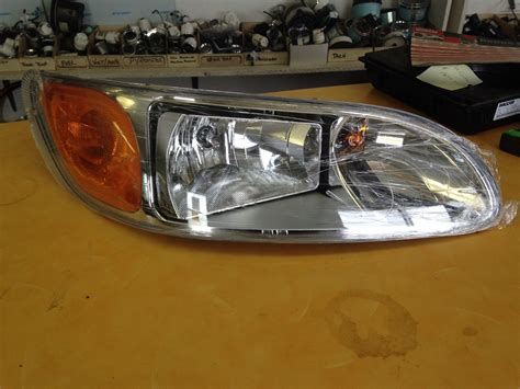 sales lights peterbilt 330 386 387 headlights brand