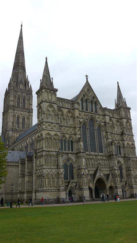 In Kingsbridge kingsbridge cathedral britain visitor