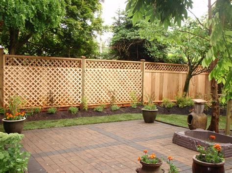 Creative Backyard Ideas How Do Creative Backyard Fencing Ideas Fence Ideas