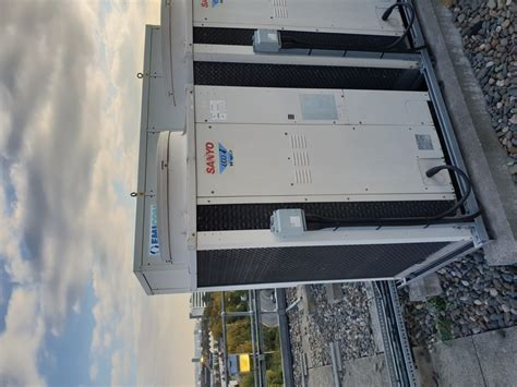chillers sanyo spw crgdxh roof top air conditioning