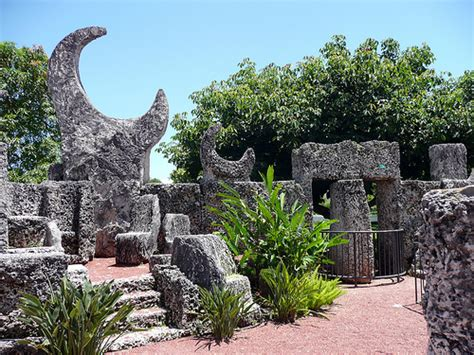 South Garden 2 Castle Rock Coral Castle Rock Garden Flickr Photo