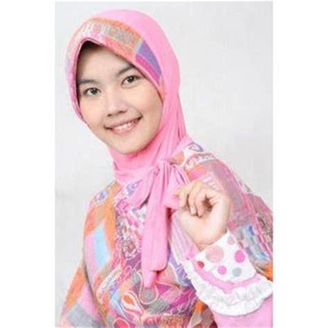 Kerudung Payet fashion keren by novi white ayu tenan jilbab muslim fashion