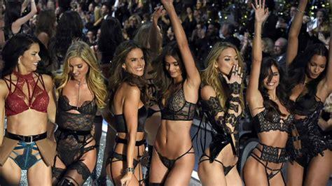 Victorias Secret Models Boogie On For Secret Garden Relaunch by S Secret Fashion Show 2017 S Secret