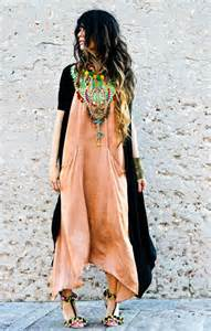 bohemian style must have essentials for a boho chic style getstyled net