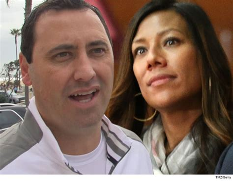 steve sarkisian wife stephanie getting a divorce larry steve sarkisian s ex can t touch his usc lawsuit money