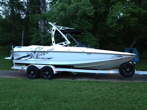 axis boats calgary wakeboarder chattwake s 2012 axis a22 vandall edition