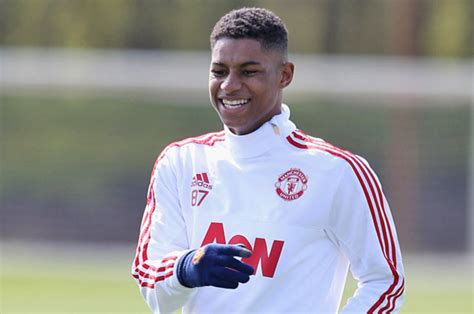 any new signings for man united this january 2016 man utd transfer news new signing meets players rashford