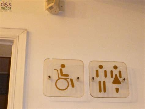 insegna bagno 20121210 insegna bagno accessibile disabili teatro cloy