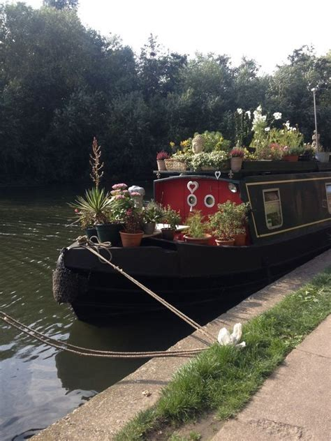 narrow boat umbrella holder 83 best homes houseboats canal boats narrow boats
