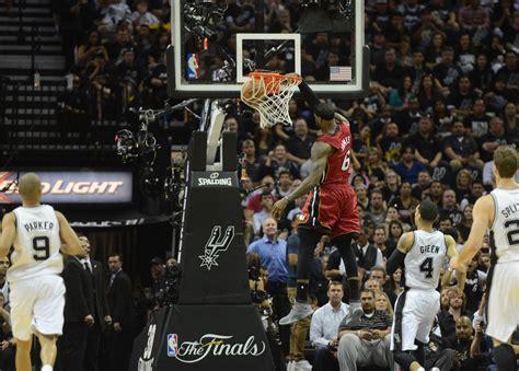 lebron james regrets  entering  slam dunk contest