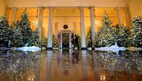 who pays for white house christmas look at the white house stella s place