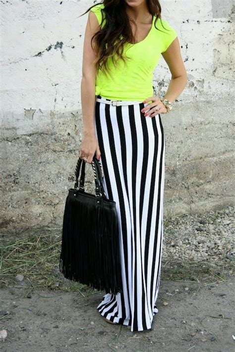 what color goes well with black what color shirt goes well with black and white striped