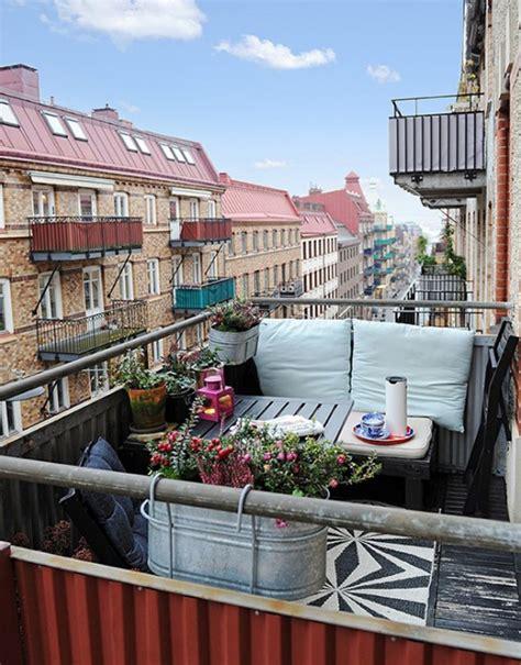 arredo balcone piccolo come arredare un balcone piccolo designbuzz it