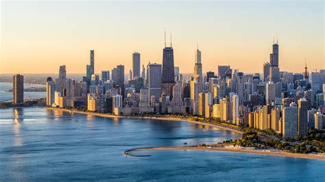 chicago  turning empty hotel rooms  temporary coronavirus isolation spaces  cities