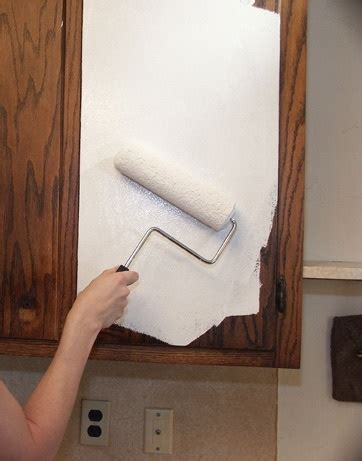 primer for painting kitchen cabinets how to paint kitchen cabinets this is the primer that
