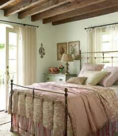 Country Bedroom Decorating Ideas by 37 Farmhouse Bedroom Design Ideas That Inspire Digsdigs