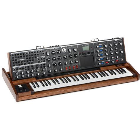 Softcase Ekonomis Moog Minimoog Voyager Xl moog minimoog voyager xl monophonic synthesizer vy min 0015 01