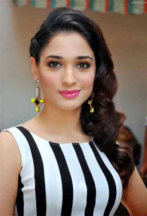 tamanna hairstyles images download tamanna bhatia in wavy side swept hairstyle
