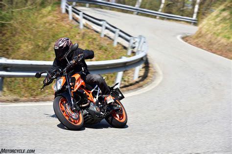 Ktm Duke Dealers 041017 2017 Ktm 390 Duke Dsc0597 Motorcycle