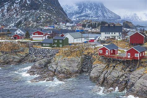 hutte norvege norv 233 gien de hutte de p 234 che dans hamnoy pendant le