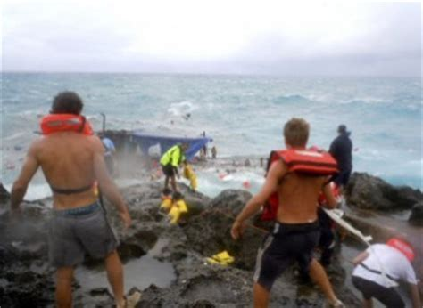 australia refugee boat disaster families of people who died in shipwreck at christmas